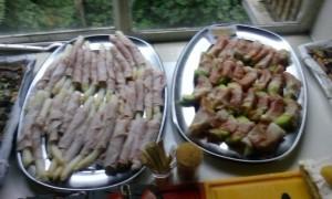 asperges met rauwe schouderham en galiameloen met Coburger ham.